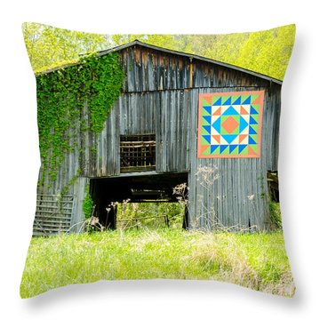 Kentucky Barn Quilt - Thunder And Lightening Throw Pillow
