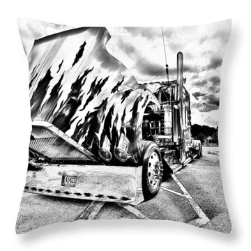 Kenworth Rig Throw Pillow