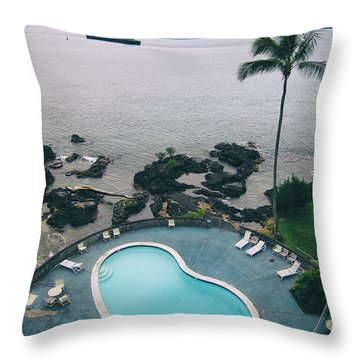 Kidney Pool In Paradise Throw Pillow
