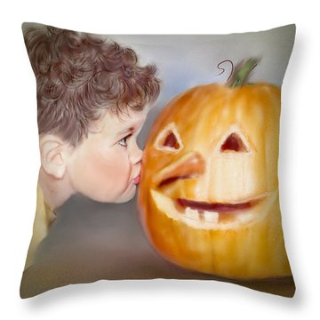 Kissy Face2 Throw Pillow