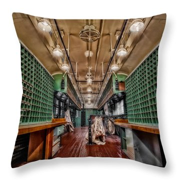L And N Rr 1100 Throw Pillow by Susan Candelario