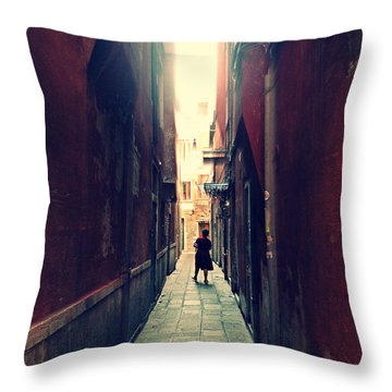 La Cameriera  Throw Pillow