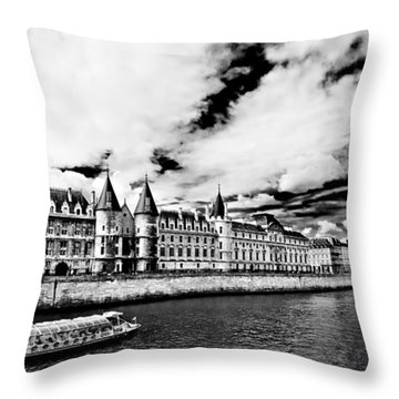 La Conciergerie / Paris Throw Pillow
