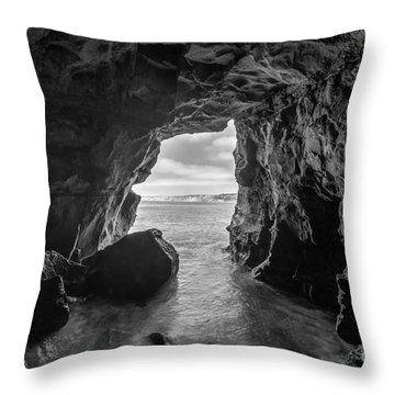 La Jolla Cave Bw Throw Pillow