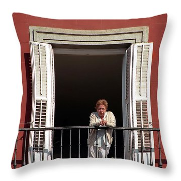 La Madrilena Throw Pillow
