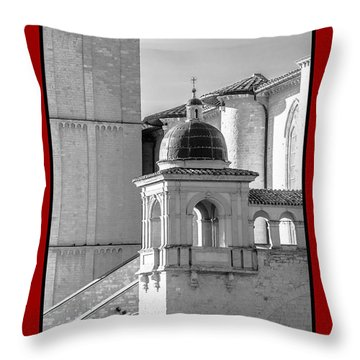 La Pace Sulla Terre With Basilica Details Throw Pillow