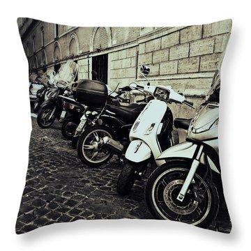 La Terra Di Moto Throw Pillow