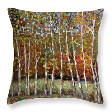 La017 Throw Pillow