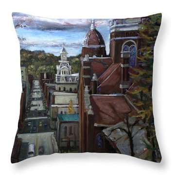La025 Throw Pillow