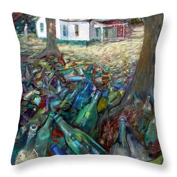 La033 Throw Pillow