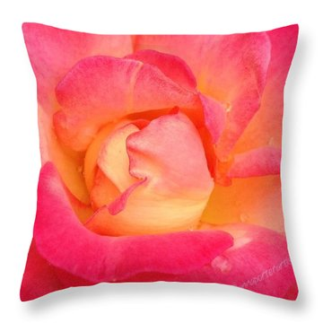 Lady Diana Rose, A #macro #rose For The Throw Pillow