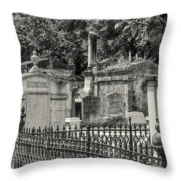 Lafayette Cemetery No. 1 Throw Pillow