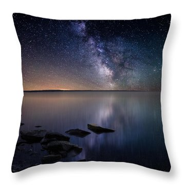 Lake Oahe Throw Pillow