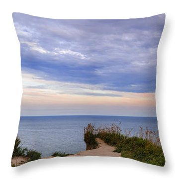 Lake Ontario At Scarborough Bluffs Throw Pillow