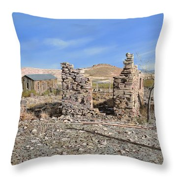 Lake Valley-new Mexico  Throw Pillow by Guido Borelli
