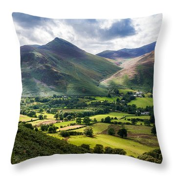 Lakeland Scene Throw Pillow