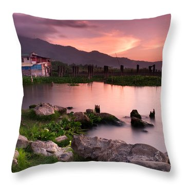 Lakeside Shanty At Dusk Throw Pillow