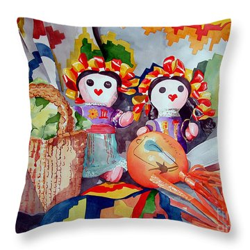 Las Muneca Chicas Throw Pillow