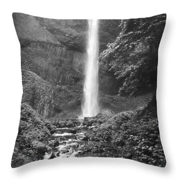 Latourelle Falls 10 Throw Pillow