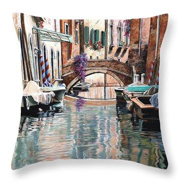 Le Barche E I Pali Colorati Throw Pillow