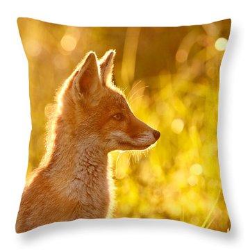 Le P'tit Renard Throw Pillow