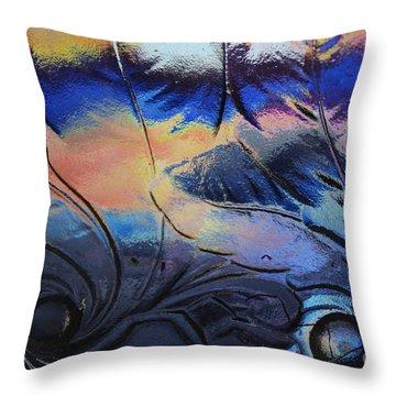 Leaf Design 3 Throw Pillow