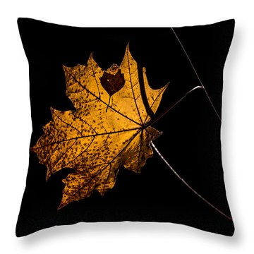 Leaf Leaf Throw Pillow