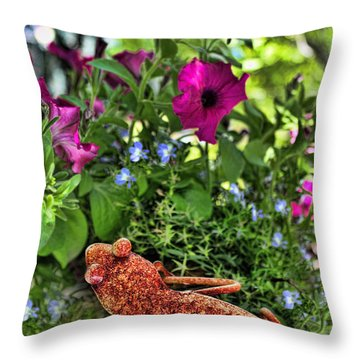 Leaping Lizards Throw Pillow
