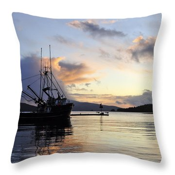 Throw Pillow featuring the photograph Leaving Safe Harbor by Cathy Mahnke