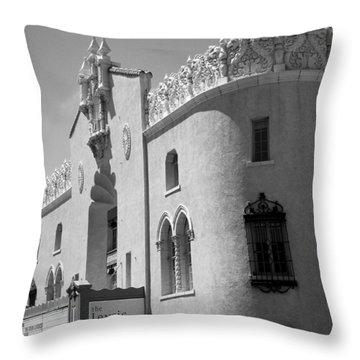 Lensic Bw Throw Pillow