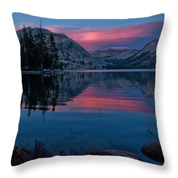 Lenticular Sunset At Tenaya Throw Pillow