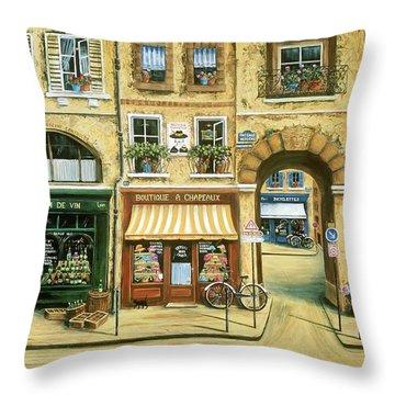 Les Rues De Paris Throw Pillow