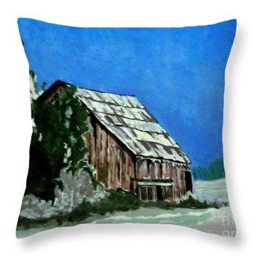 L'etable  The Barn Throw Pillow