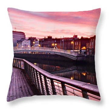 Liffey Boardwalk At Dawn - Dublin Throw Pillow