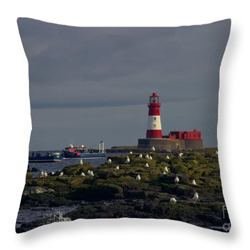 Lighthouse On The Farne Isands Northumberland Throw Pillow