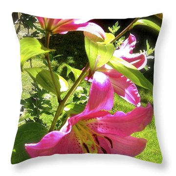 Throw Pillow featuring the photograph Lilies In The Garden by Sher Nasser