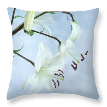 Lilies On Blue Throw Pillow by Louise Kumpf