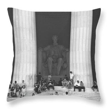 Lincoln Memorial - Washington Dc Throw Pillow by Mike McGlothlen