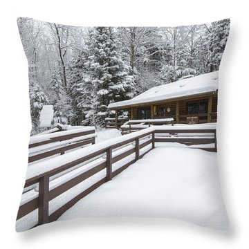 Lincoln Woods Ranger Headquarters - Lincoln New Hampshire Usa Throw Pillow by Erin Paul Donovan