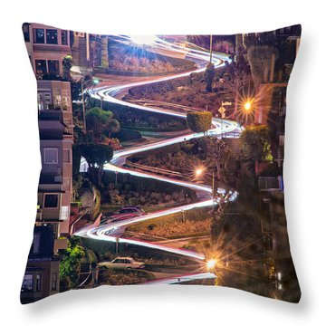 Lombard Street With Cable Car - San Francisco Throw Pillow