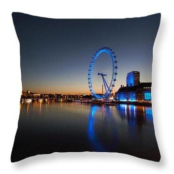 London 1 Throw Pillow by Mariusz Czajkowski