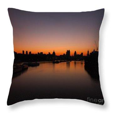 London Sunrise 2 Throw Pillow by Mariusz Czajkowski
