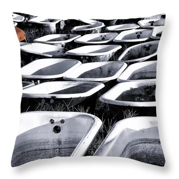 Lonesome Tub Throw Pillow