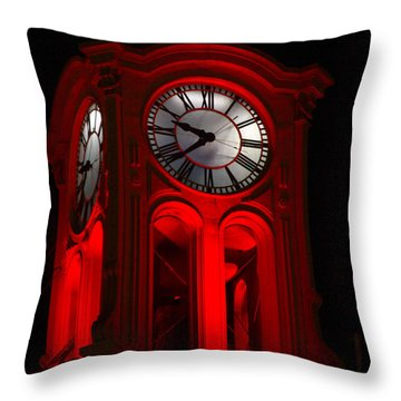 Long Beach Pine Ave. Clock Tower In Red Throw Pillow