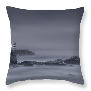 Long Exposure Foz Porto Throw Pillow