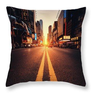 Tourism Throw Pillows