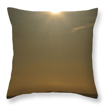 Throw Pillow featuring the photograph Lookout Of Lake Minnewaska by Dacia Doroff