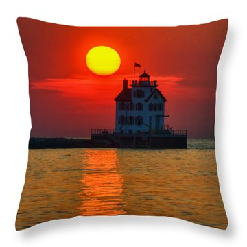 Lorain Ohio Lighthouse At Sunset Throw Pillow