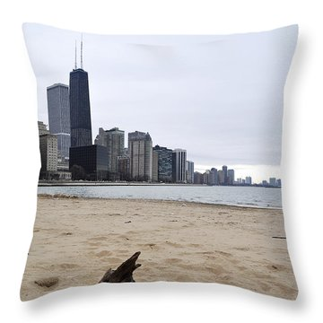 Love Chicago Throw Pillow
