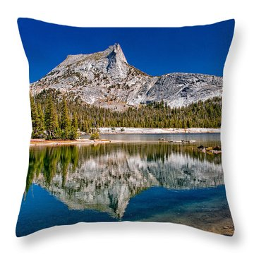 Lower Cathedral Lake Throw Pillow